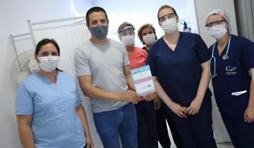 Imagen de Fuerte respaldo al Plan de Vacunación: el intendente Cristian Cardozo también se aplicó la vacuna contra el Coronavirus