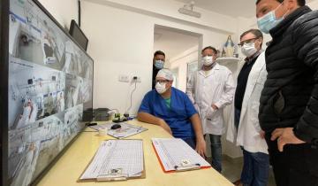 """Imagen de """"Gracias Cristian"""", un viaje al interior de la recorrida que el intendente de La Costa hizo hoy por la terapia del Hospital"""