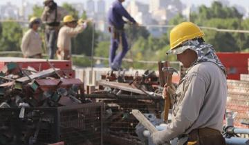 Imagen de Último año de Macri: la construcción cayó 7,9% y la industria, 6,4%