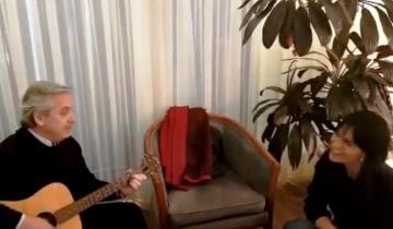 Imagen de La canción que cantaron Alberto Fernández y la hija de José Manuel De la Sota que se hizo viral