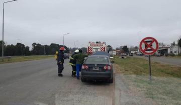 Imagen de Ruta 2: los bomberos tuvieron que acudir ante el incendio de un vehículo