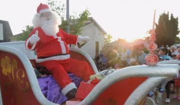 Imagen de Papá Noel entregará juguetes y golosinas esta tarde en el Paraje Pavón
