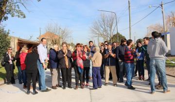 Imagen de Otra inauguración de pavimento para los vecinos de Dolores