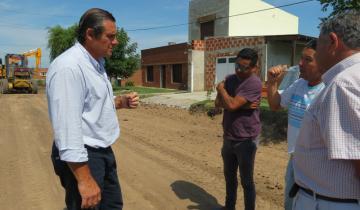 Imagen de Continúan las tareas de asfalto en Dolores