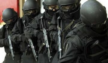Imagen de Ruta 2: entraron vestidos de policías, redujeron a una familia y escaparon con sus ahorros