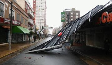Imagen de Voladura de techos y caída de árboles por un fuerte temporal