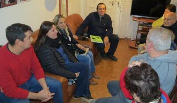 Imagen de Vecinos dolorenses se reunieron con el intendente Etchevarren