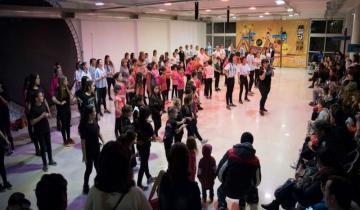 """Imagen de Danza, tela, circo y aro en una """"Semana Agitada"""""""