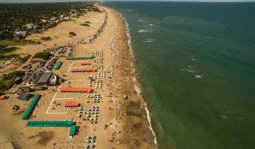 """Imagen de Una ordenanza declara a las playas de Pinamar """"libres de humo"""""""