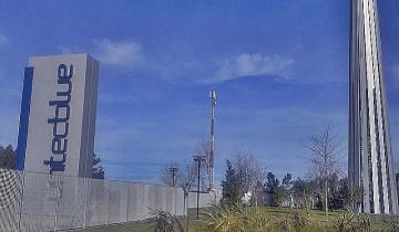 Imagen de Cerraría Unitec Blue, agravando la crisis laboral en Chascomús