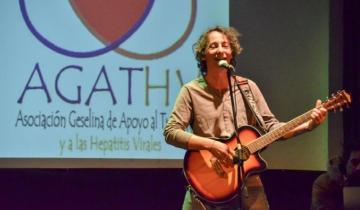 Imagen de Javier Calamaro brindó un show para celebrar su padrinazgo de la AGATHV