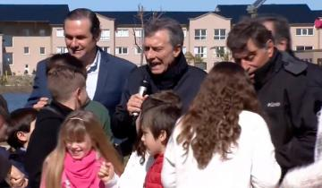 Imagen de El presidente Macri cantó a viva voz el cumpleaños de Dolores y pidió probar la Torta Argentina
