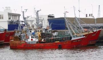 Imagen de Necochea: buscan intensamente a un trabajador pesquero que cayó al mar el sábado