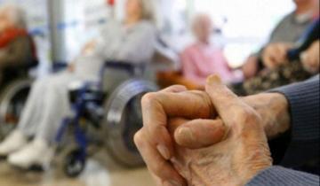Imagen de La Provincia: habilitan salidas y reuniones sociales en hogares y geriátricos