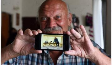 """Imagen de """"¿Ese soy yo?"""": la historia de un fotógrafo dolorense, un hombre en situación de calle y un reencuentro feliz"""