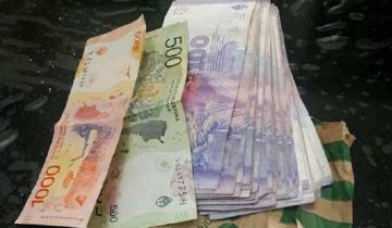 Imagen de Villa Gesell: encontraron una considerable suma de dinero en la calle y quieren devolverlo
