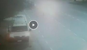 Imagen de Video: así el periodista atropelló a los agentes de tránsito en Palermo