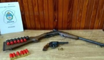Imagen de Le allanaron la casa por matar a un perro con una escopeta y amenazar a sus vecinos
