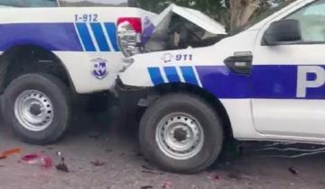 Imagen de Insólito: chocan cuatro patrullas entre sí antes de ser estrenadas