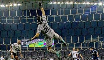 Imagen de Quién es el arquerito de Racing que nació en Mar del Plata y enfrentará a Boca en semifinales de la Liga local