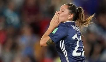 Imagen de Mundial femenino: histórica remontada de Argentina ante Escocia con un gol de la marplatense Menéndez