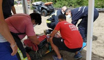 Imagen de Heroico rescate de los Guardavidas de La Costa: la familia del turista quiere conocer a quienes le salvaron la vida