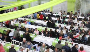 Imagen de Etchevarren anunció una bonificación de $ 1.500 en la celebración del Día del Empleado Municipal