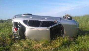 Imagen de Volcó un auto con cinco ocupantes