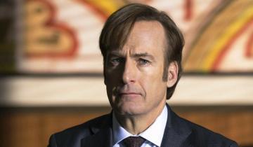 """Imagen de Bob Odenkirk, el protagonista de """"Better Call Saul"""", fue internado tras desmayarse en el set de filmación"""