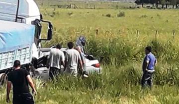 Imagen de Un muerto tras un choque de frente entre un auto y un camión en la Ruta Nacional Nº 3