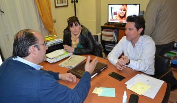 Imagen de Sánchez Zinny y Olivera trabajarán en un cronograma de obras para las escuelas de Tordillo