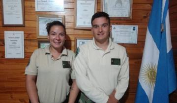 Imagen de Dos oficiales del CPR le salvaron la vida a una mujer mediante prácticas de RCP