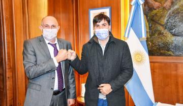 Imagen de Francisco Echarren vuelve a pedir licencia como intendente de Castelli: esta vez se suma al ministerio de Transporte de la Nación