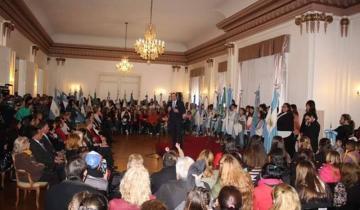 Imagen de Etchevarren anunció plan de inclusión educativa en Dolores