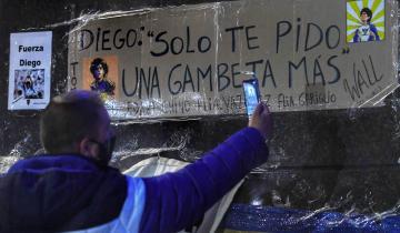 """Imagen de La operación a Diego Maradona: """"Se eliminó el hematoma exitosamente"""", dijo su médico"""