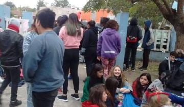 Imagen de Sentada de estudiantes por la falta de gas en una escuela de Villa Gesell