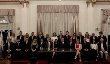Imagen de Asumió Etchevarren el cuarto período y presentó su gabinete