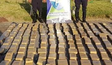 Imagen de Secuestraron cientos de panes de droga en la Ruta 2