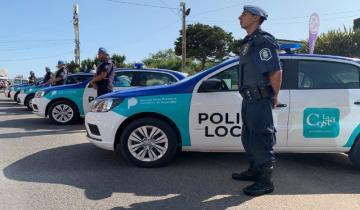 Imagen de Con la presencia de Sergio Berni, la Municipalidad de La Costa entregó 10 móviles a la policía local
