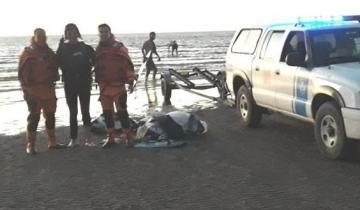 Imagen de Rescataron a un kitesurfista que no podía regresar a la costa en San Clemente