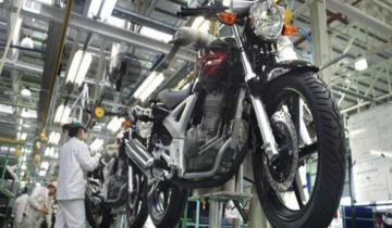 Imagen de Los patentamientos de motos cayeron 33% en agosto