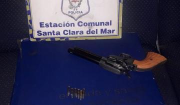 Imagen de Ruta 11: violaron la cuarentena, tenían un arma y él terminó detenido en Batán
