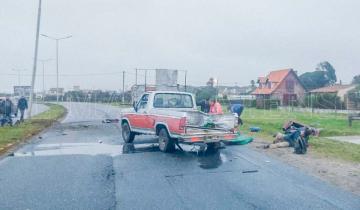 Imagen de Camioneta que viajaba con albañiles en la caja chocó con una columna y volcó en la Ruta 11: hay 7 heridos