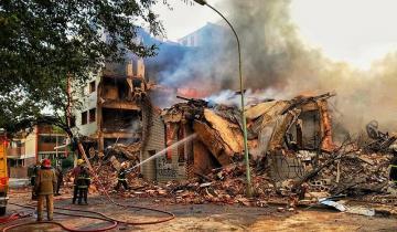 Imagen de Los peritos encontraron dos artefactos incendiarios en los restos de la distribuidora