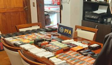 Imagen de Desbaratan una banda dedicada al contrabando de cigarrillos electrónicos que operaba en Miramar, Balcarce y Mar del Plata