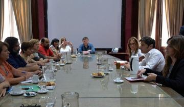 Imagen de La Provincia: primer contacto cara a cara entre Kicillof y los docentes