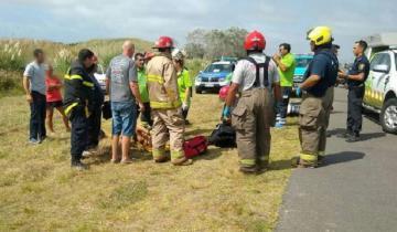 Imagen de Dos personas heridas al caer de una moto en la Ruta 11