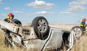 Imagen de Un intendente sufrió un fuerte vuelco en la ruta y de milagro salió sano y salvo
