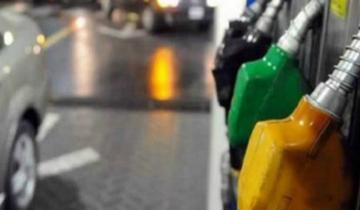 Imagen de Tercer ajuste en un mes: la nafta vuelve a aumentar este domingo
