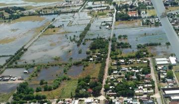 Imagen de Temporal en Villa Gesell, Dolores y Castelli: calles anegadas, evacuados y árboles caídos en varios distritos